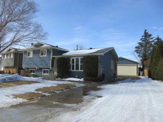 Photo 1: 10206 86 Street: Morinville House for sale : MLS®# E4230931
