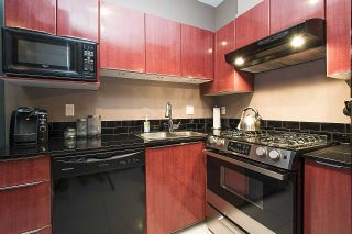 Photo 10: 2104 1239 W GEORGIA STREET in Vancouver: Coal Harbour Condo for sale (Vancouver West)  : MLS®# R2195458