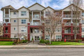 """Photo 2: 415 8068 120A Street in Surrey: Queen Mary Park Surrey Condo for sale in """"Melrose Place"""" : MLS®# R2422269"""