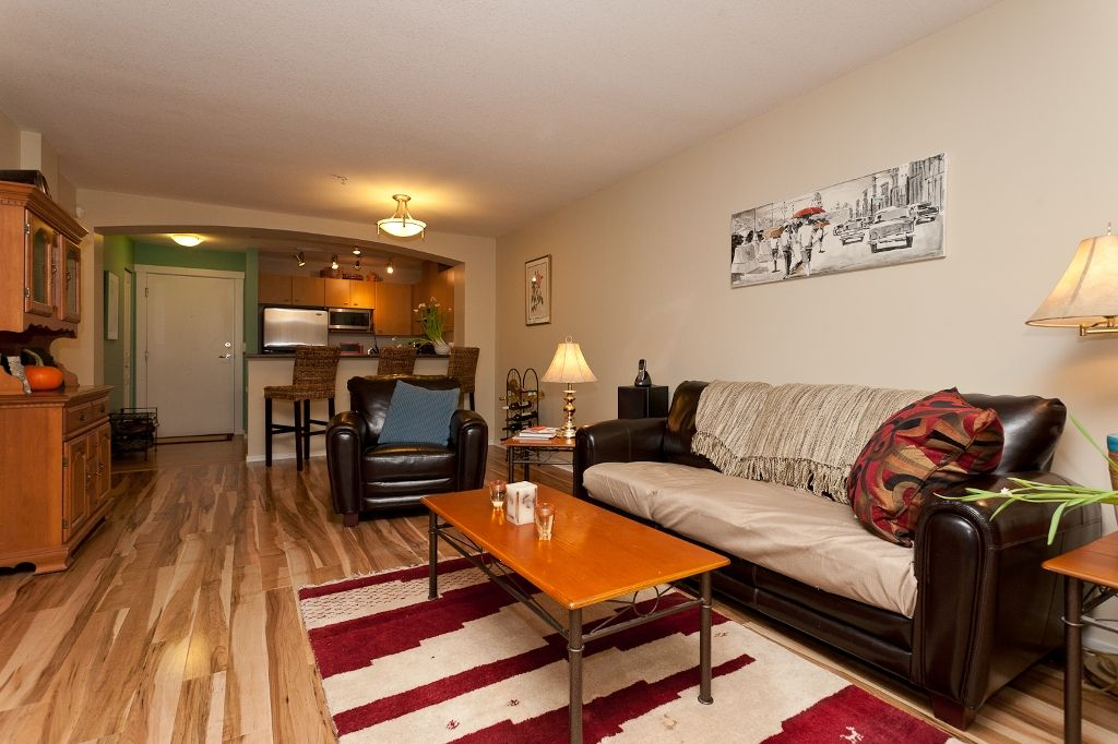 """Photo 5: Photos: 313 9319 UNIVERSITY Crescent in Burnaby: Simon Fraser Univer. Condo for sale in """"HARMONY AT THE HIGHLAND"""" (Burnaby North)  : MLS®# V924825"""