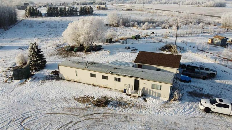 FEATURED LISTING: 52 23319 TWP RD 572 Rural Sturgeon County