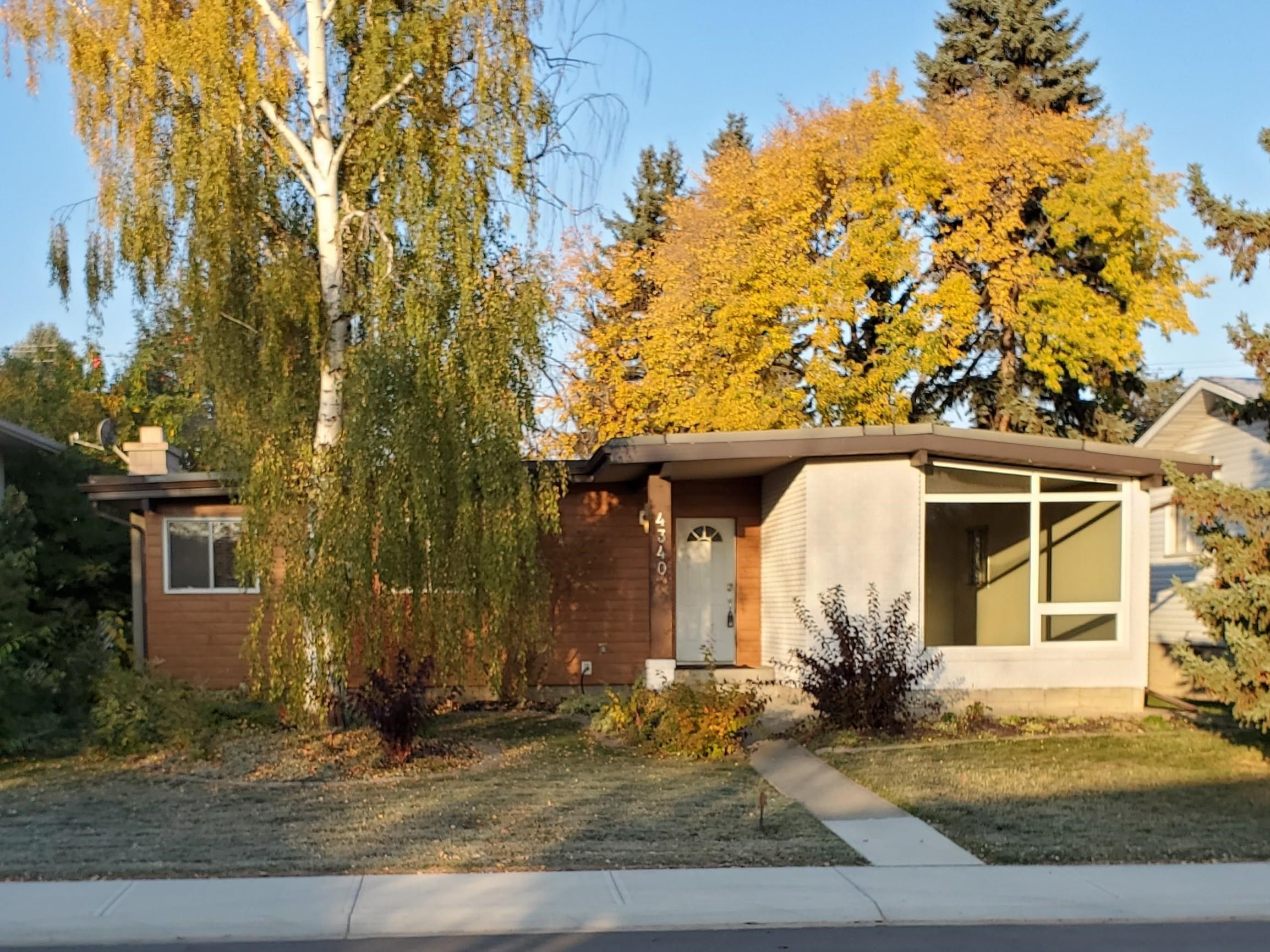 Main Photo: 4340 114A Street in Edmonton: Zone 16 House for sale : MLS®# E4263419