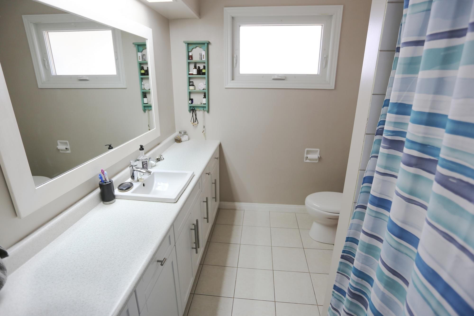 Photo 18: Photos: 1322 Valour Road in Winnipeg: Sargent Park Single Family Detached for sale (5C)  : MLS®# 1811835