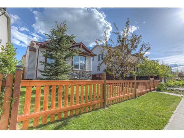 Photo 2: Photos: 168 EVERSYDE Circle SW in CALGARY: Evergreen Residential Detached Single Family for sale (Calgary)  : MLS®# C3620435