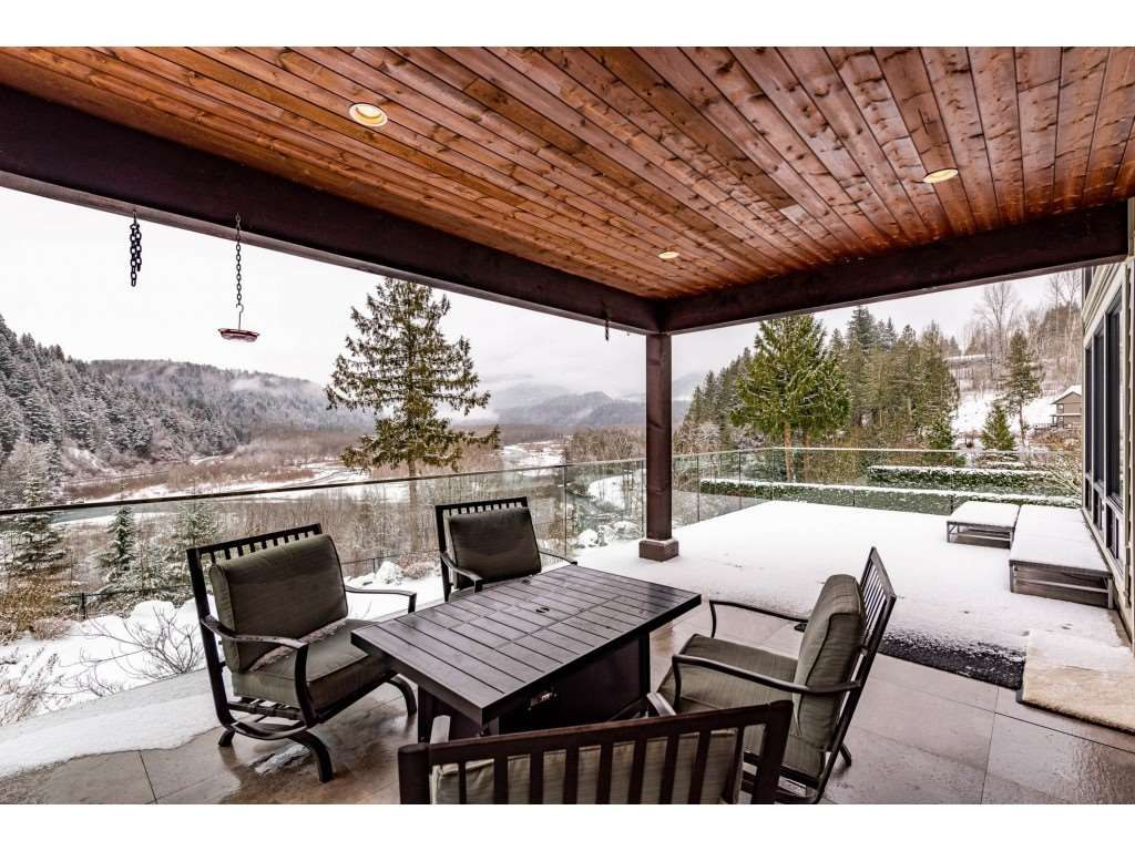 """Photo 16: Photos: 115 45473 ARIEL Place: Cultus Lake House for sale in """"Riverstone Heights"""" : MLS®# R2539139"""