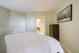 """Photo 18: 102 1450 PENNYFARTHING Drive in Vancouver: False Creek Condo for sale in """"Harbour Cove"""" (Vancouver West)  : MLS®# R2560607"""