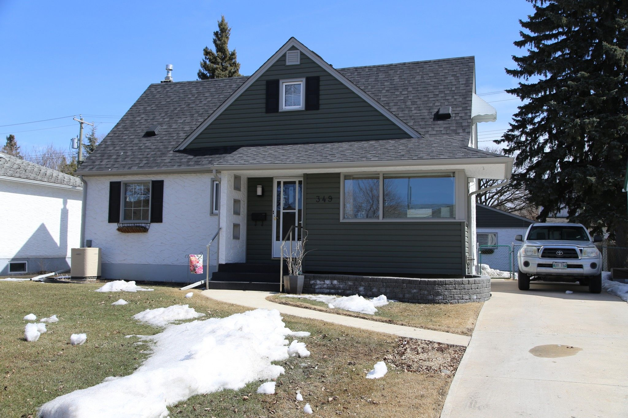 Photo 33: Photos: 349 Guildford Street in Winnipeg: St James Single Family Detached for sale (5E)  : MLS®# 1807654