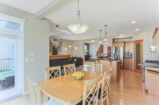 Photo 11: 119 CRESTMONT Drive SW in Calgary: Crestmont Detached for sale : MLS®# C4205113