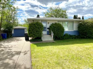Photo 1: 611 103rd Street in North Battleford: Residential for sale : MLS®# SK858679