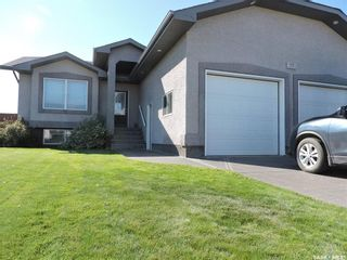 Photo 1: 77 Madge Way in Yorkton: Riverside Grove Residential for sale : MLS®# SK810519