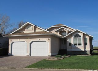 Photo 1: 408 1st Street in Lampman: Residential for sale : MLS®# SK810899