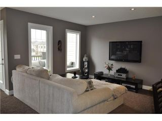 Photo 7: 7 WINDSTONE Green SW: Airdrie Residential Attached for sale : MLS®# C3638273