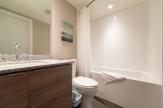 """Photo 10: 3208 488 SW MARINE Drive in Vancouver: Marpole Condo for sale in """"Marine Gateway"""" (Vancouver West)  : MLS®# R2440904"""