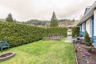 """Photo 3: 1107 PLATEAU Crescent in Squamish: Plateau House for sale in """"PLATEAU"""" : MLS®# R2050818"""