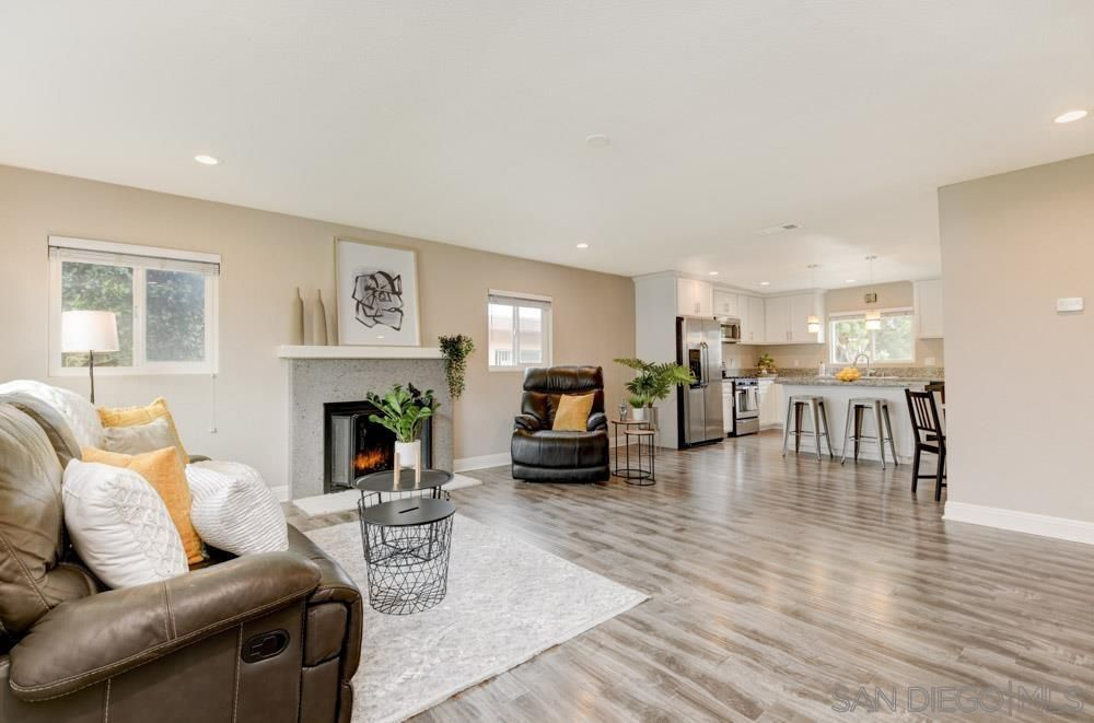 Main Photo: CHULA VISTA House for sale : 3 bedrooms : 559 James St.