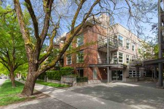 """Photo 26: 202 2181 W 12TH Avenue in Vancouver: Kitsilano Condo for sale in """"The Carlings"""" (Vancouver West)  : MLS®# R2579636"""