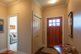 Photo 3: 1669 Glen Eagle Dr in : CR Campbell River Central House for sale (Campbell River)  : MLS®# 872785