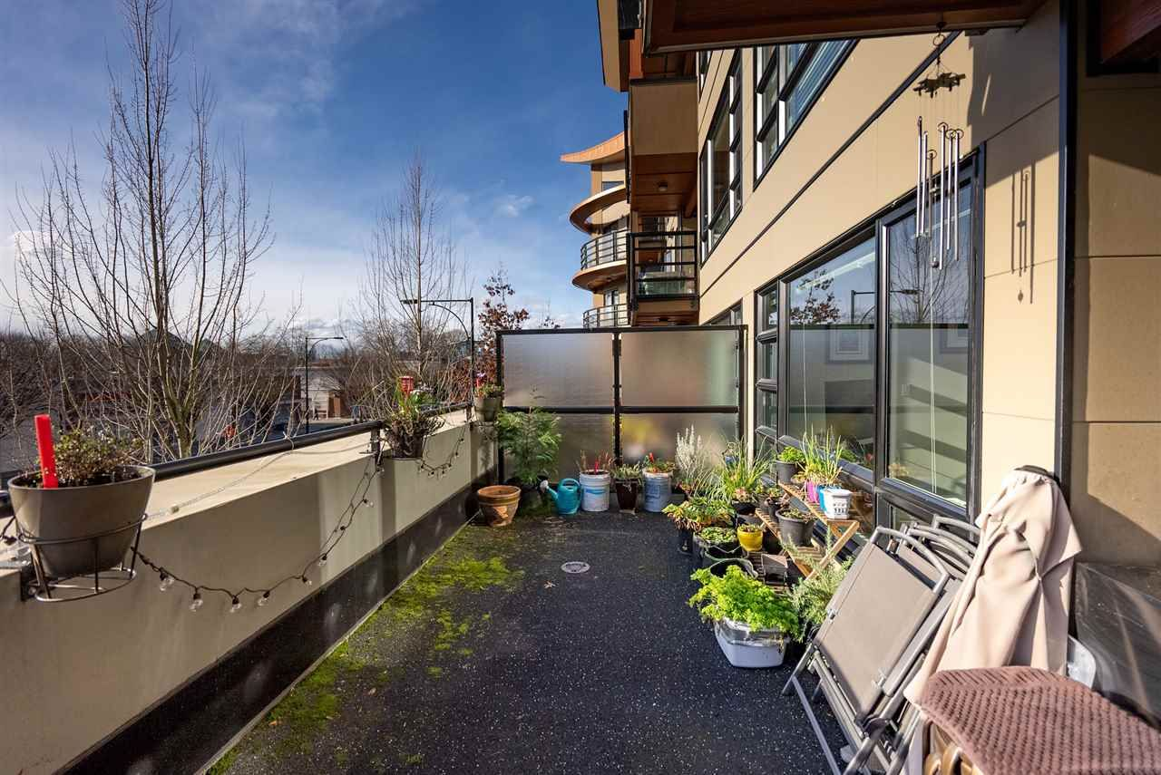 """Photo 17: Photos: 206 857 W 15TH Street in North Vancouver: Mosquito Creek Condo for sale in """"The Vue"""" : MLS®# R2534882"""