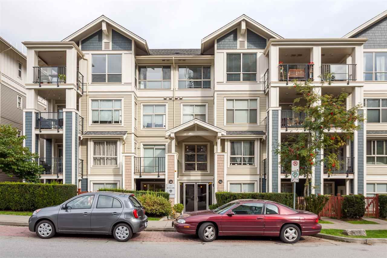 "Main Photo: 107 275 ROSS Drive in New Westminster: Fraserview NW Condo for sale in ""THE GROVE"" : MLS®# R2209601"
