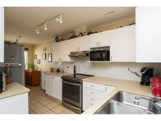 """Photo 4: 26 17516 4TH Avenue in Surrey: Pacific Douglas Townhouse for sale in """"Douglas Point"""" (South Surrey White Rock)  : MLS®# R2129004"""