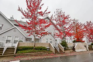 Photo 2: 71 13706 74 Avenue in Surrey: East Newton Townhouse for sale : MLS®# R2215305
