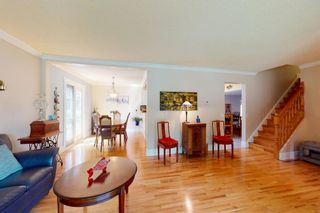 Photo 7: 8963 Bay Ridge Drive SW in Calgary: Bayview Detached for sale : MLS®# A1133882