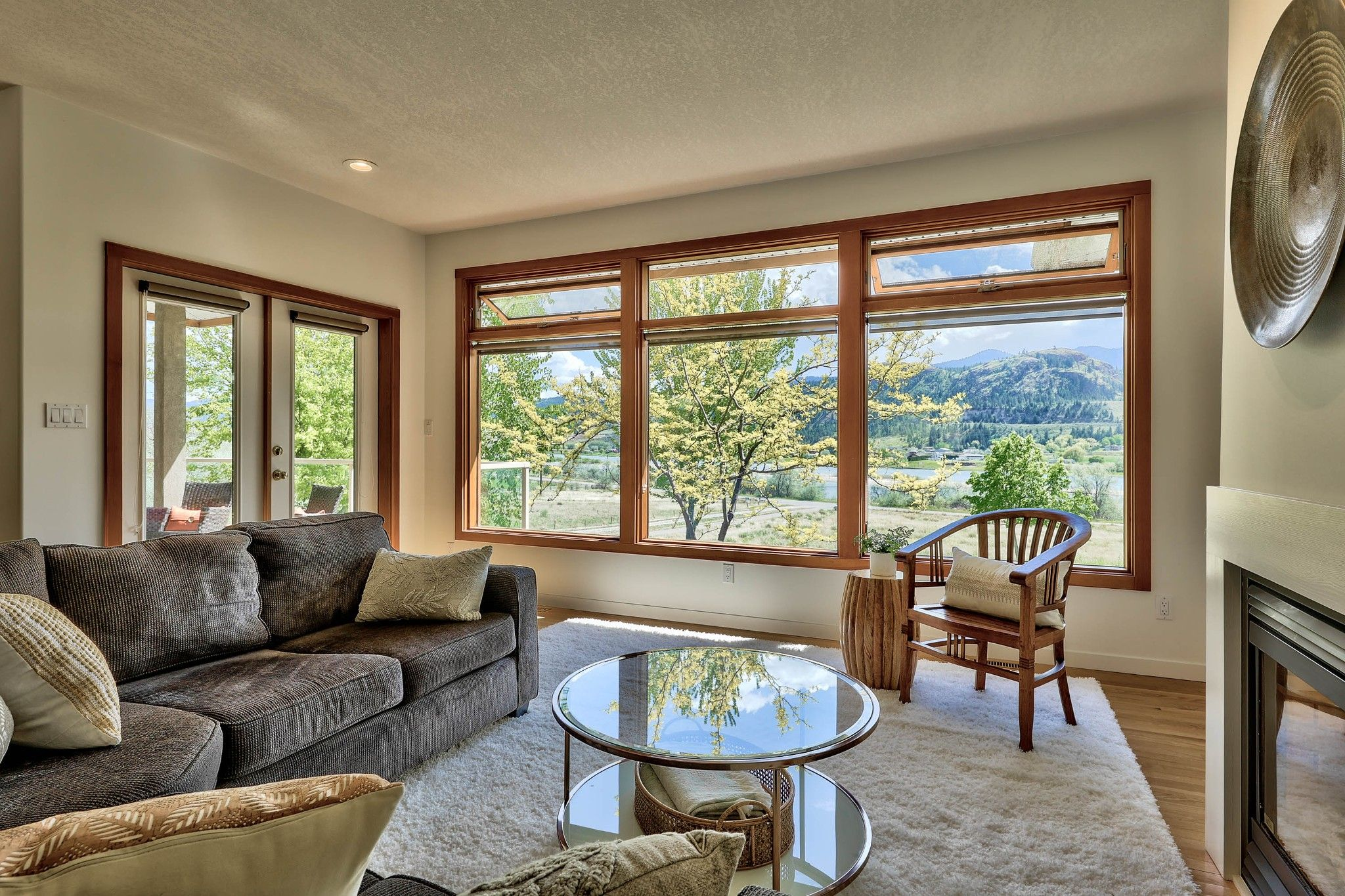 Photo 15: Photos: 3299 E Shuswap Road in Kamloops: South Thompson Valley House for sale : MLS®# 162162