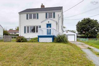 Photo 1: 15 Helene Avenue in Dartmouth: 17-Woodlawn, Portland Estates, Nantucket Residential for sale (Halifax-Dartmouth)  : MLS®# 202120622