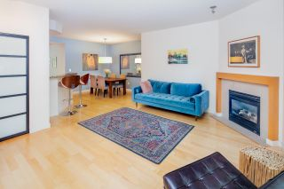 "Photo 3: 2575 EAST Mall in Vancouver: University VW Townhouse for sale in ""LOGAN LANE"" (Vancouver West)  : MLS®# R2302222"