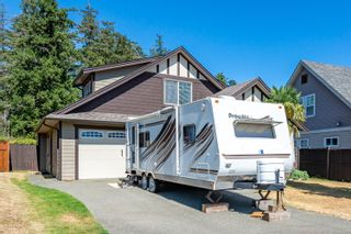 Photo 2: 311 Forester Ave in : CV Comox (Town of) House for sale (Comox Valley)  : MLS®# 883257
