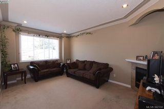 Photo 10: 459 Avery Crt in VICTORIA: La Thetis Heights House for sale (Langford)  : MLS®# 788269