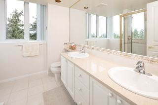 """Photo 16: 1501 5775 HAMPTON Place in Vancouver: University VW Condo for sale in """"THE CHATHAM"""" (Vancouver West)  : MLS®# R2182010"""