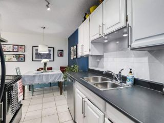 "Photo 10: 303 725 COMMERCIAL Drive in Vancouver: Hastings Condo for sale in ""Place Devito"" (Vancouver East)  : MLS®# R2509088"