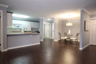 """Photo 6: 116 22150 48 Avenue in Langley: Murrayville Condo for sale in """"Eaglecrest"""" : MLS®# R2421515"""