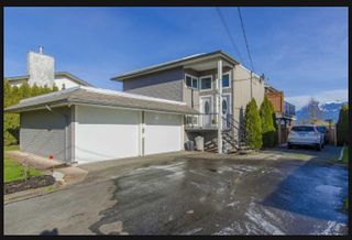 Photo 1: 9376 JAMES Street in Chilliwack: Chilliwack E Young-Yale 1/2 Duplex for sale : MLS®# R2527082