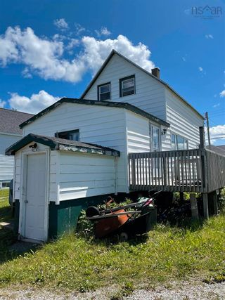 Photo 3: 169 WILSON Road in Reserve Mines: 203-Glace Bay Residential for sale (Cape Breton)  : MLS®# 202120370