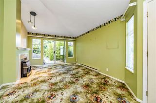 """Photo 6: 129 8737 212 Street in Langley: Walnut Grove Townhouse for sale in """"Chartwell Green"""" : MLS®# R2490439"""