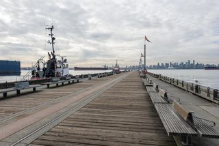 """Photo 24: 410 175 VICTORY SHIP Way in North Vancouver: Lower Lonsdale Condo for sale in """"CASCADE AT THE PIER"""" : MLS®# R2552269"""