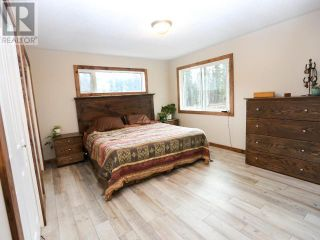 Photo 11: 8960 YELLOWHEAD HIGHWAY in Little Fort: Agriculture for sale : MLS®# 160776