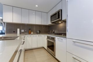 Photo 12: 206 3093 WINDSOR Gate in Coquitlam: New Horizons Condo for sale : MLS®# R2624700