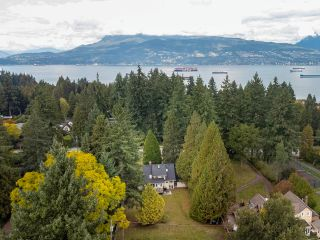 """Photo 10: 4736 W 4TH Avenue in Vancouver: Point Grey House for sale in """"Point Grey"""" (Vancouver West)  : MLS®# R2624856"""