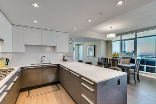 """Photo 11: 4202 4485 SKYLINE Drive in Burnaby: Brentwood Park Condo for sale in """"ALTUS AT SOLO"""" (Burnaby North)  : MLS®# R2316432"""