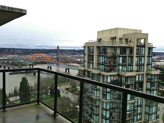 """Photo 3: 2002 15 E ROYAL Avenue in New Westminster: Fraserview NW Condo for sale in """"VICTORIA HILL"""" : MLS®# V993311"""