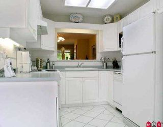 """Photo 2: 10 20761 TELEGRAPH TR in Langley: Walnut Grove Townhouse for sale in """"Woodbridge"""" : MLS®# F2510612"""