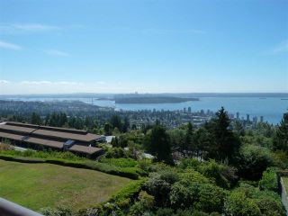 """Photo 1: 45 2238 FOLKESTONE Way in West Vancouver: Panorama Village Condo for sale in """"Panorama Village"""" : MLS®# R2101281"""