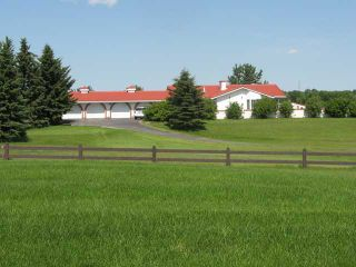 Photo 2: 4 Hamilton Close in CALGARY: Rural Rocky View MD Residential Detached Single Family for sale : MLS®# C3577044