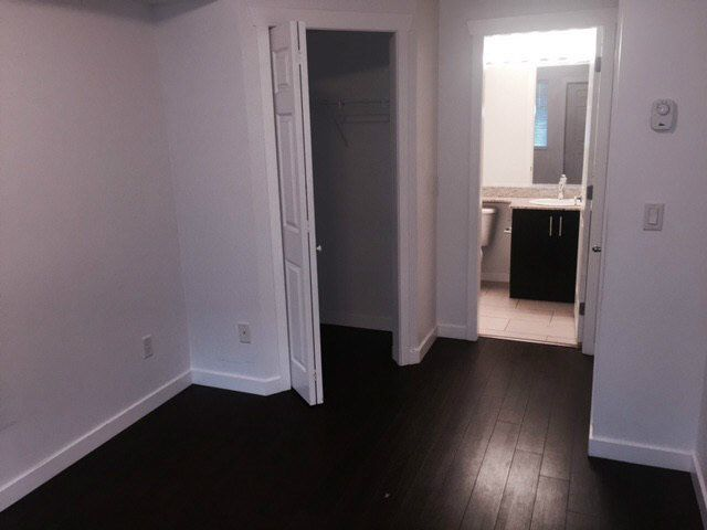 """Photo 7: Photos: 136 13958 108TH Avenue in Surrey: Whalley Townhouse for sale in """"Aura Townhomes"""" (North Surrey)  : MLS®# F1451642"""