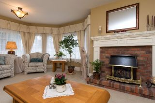 "Photo 4: 6209 125 Street in Surrey: Panorama Ridge House for sale in ""Boundary Park"" : MLS®# R2036006"