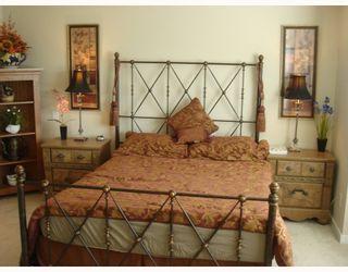 "Photo 9: 28 7288 HEATHER Street in Richmond: McLennan North Townhouse for sale in ""BARRINGTON WALK"" : MLS®# V779210"