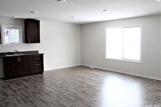 Photo 3: 111 Broadway Avenue South in Melfort: Residential for sale : MLS®# SK840591